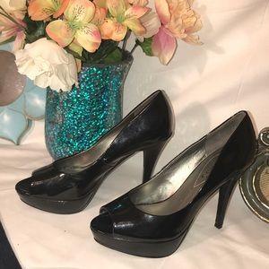 Guess shiny black peep toe heels size 7 medium